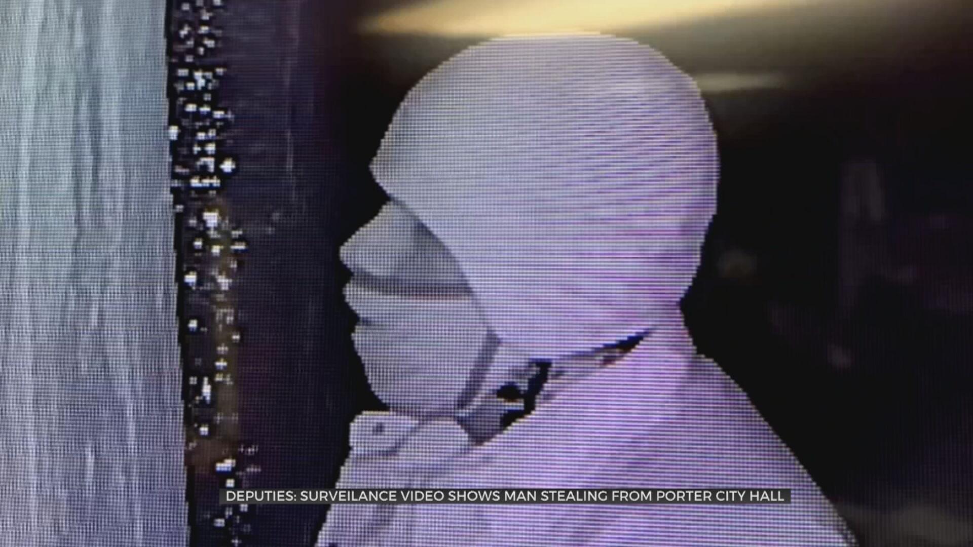 Deputies: Surveillance Shows Man Stealing From Porter Water Department