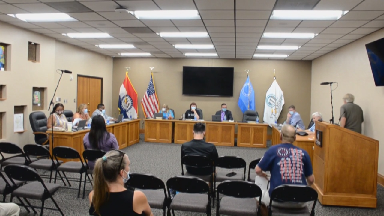 Image for School board moves for more transparency