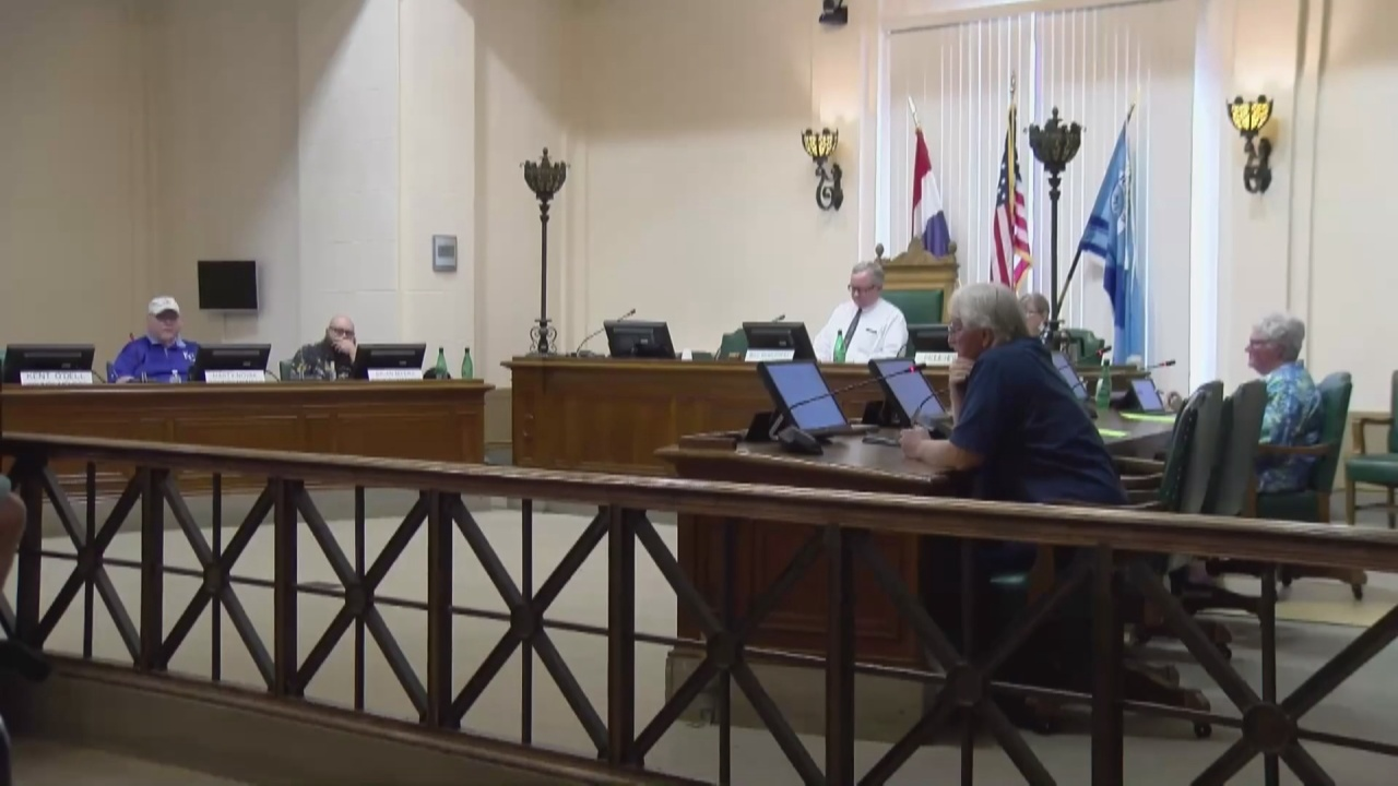 Image for City leaders discuss plan to battle surge of Covid-19 cases