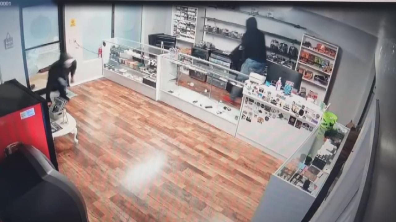 Caught On Camera: Burglary Suspects Break Into Purcell Vape Shop