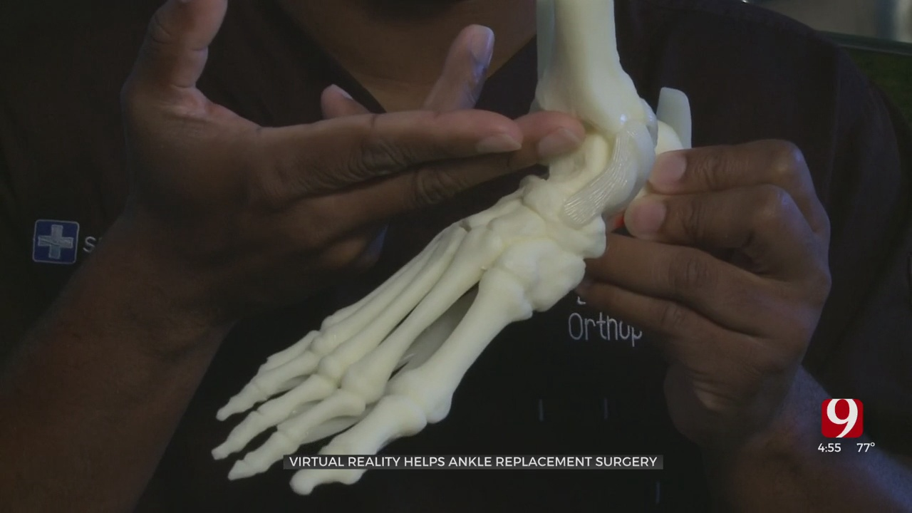 Medical Minute: Virtual Reality Helps Ankle Replacement Surgery