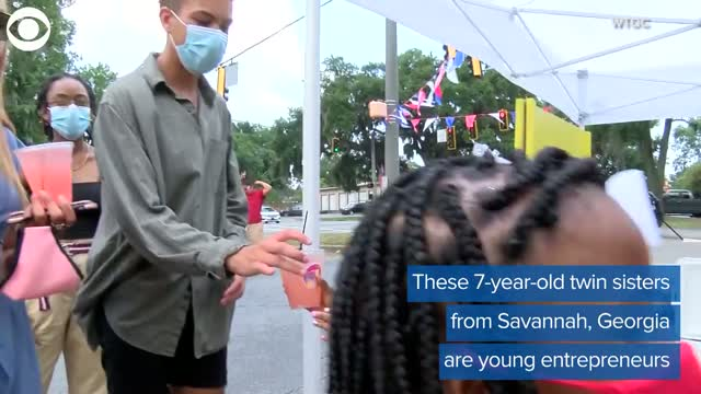 7-Year-Old Twins Run Lemonade Stand