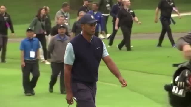 Tiger Woods 'Awake' & 'Responsive' After Surgery For Injuries From Rollover Crash