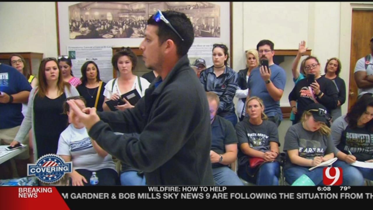 Teachers Return To Capitol After OEA Ends Walkout