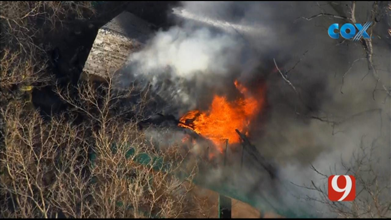 Bob Mills SkyNews 9 Flies Over Scene Of House Fire In SW OKC