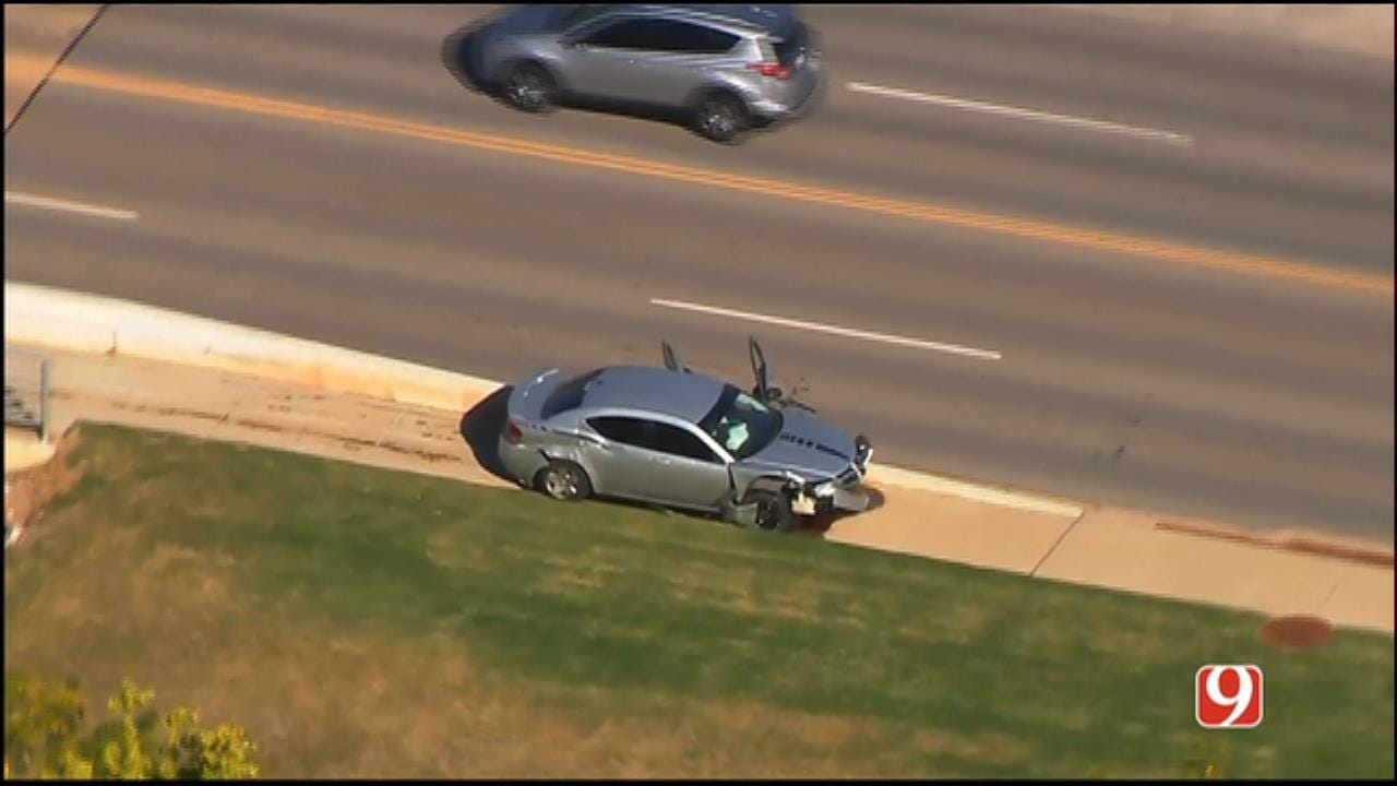 WEB EXTRA: Bob Mills SkyNews 9 Flies Over End Of Police Chase