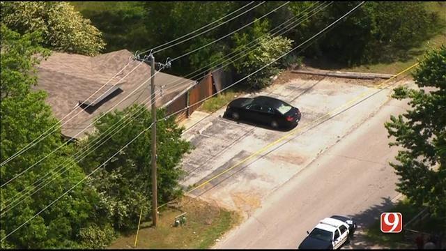 WEB EXTRA: Bob Mills SkyNews 9 Flies Over Warr Acres Suspicious Death Investigation