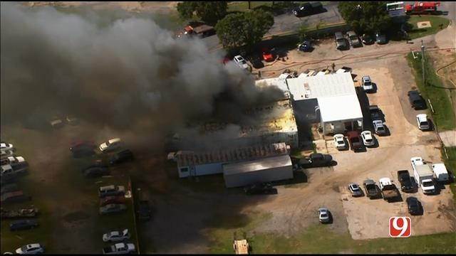 WEB EXTRA: Bob Mills SkyNews 9 Flies Over Fire At OKC Auto Shop