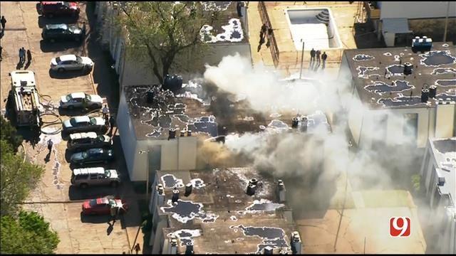 WEB EXTRA: Bob Mills SkyNews 9 HD Flies Over SW OKC Apartment Fire