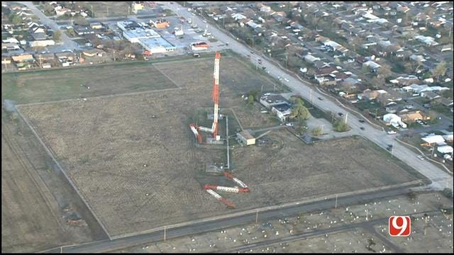 WEB EXTRA: Bob Mills SkyNews 9 HD Flies Over Collapsed Tower