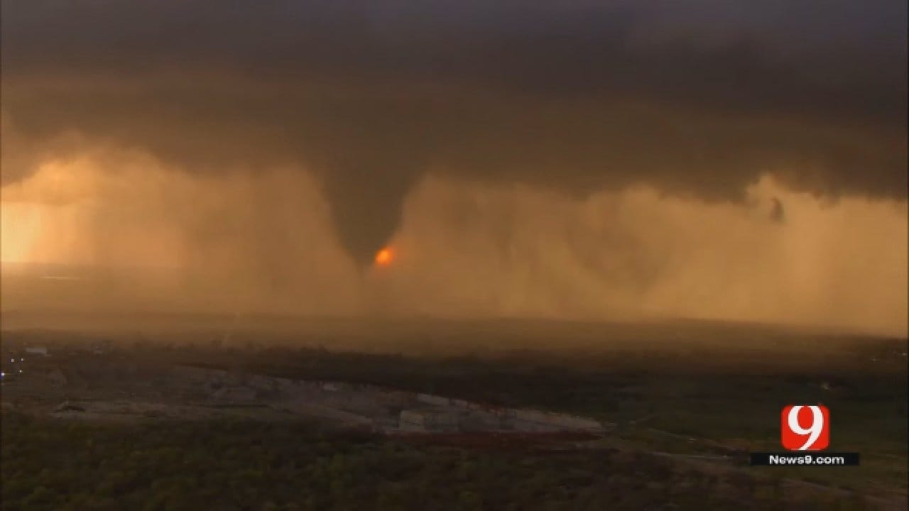 How Tornadoes Form