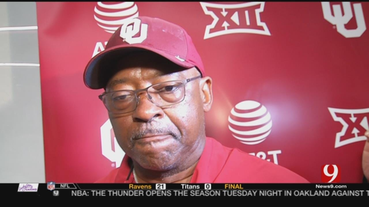 Mike Stoops Is Out, Ruffin McNeill Is In