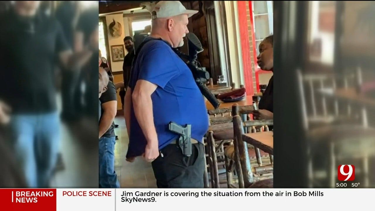 Attorney: Man Carrying AR-15 May Lose Right To Bear Arms After Refusing To Leave OKC Restaurant
