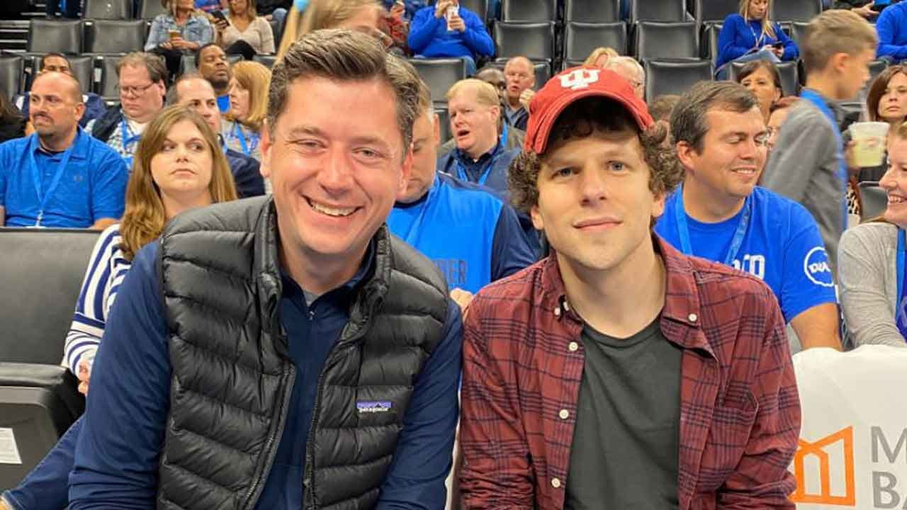 Check This Out: Actor Jesse Eisenberg Courtside At Thunder Game With Mayor Holt
