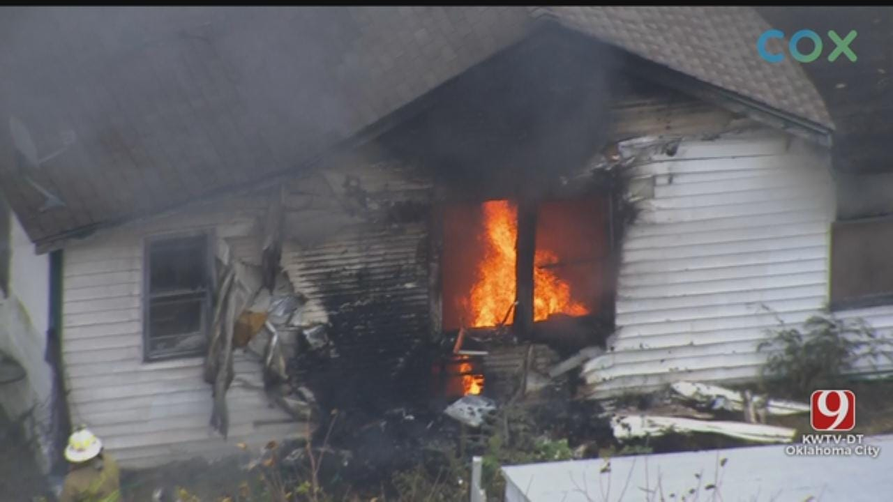 WATCH: Bob Mills SkyNews 9 Flies Over House Fire In SE OKC
