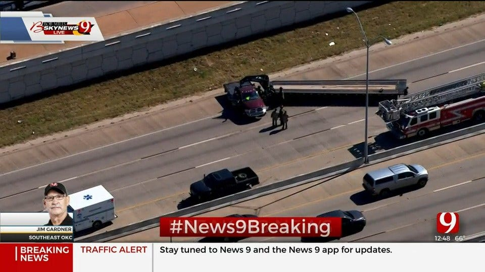 Injury Wreck Shuts Down NB Interstate 35 In S Oklahoma City