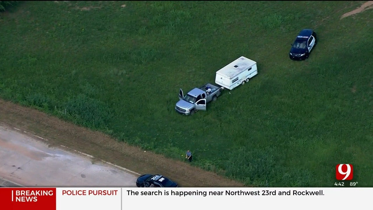 1 Detained, 1 On The Run After Chase Involving OKC Police