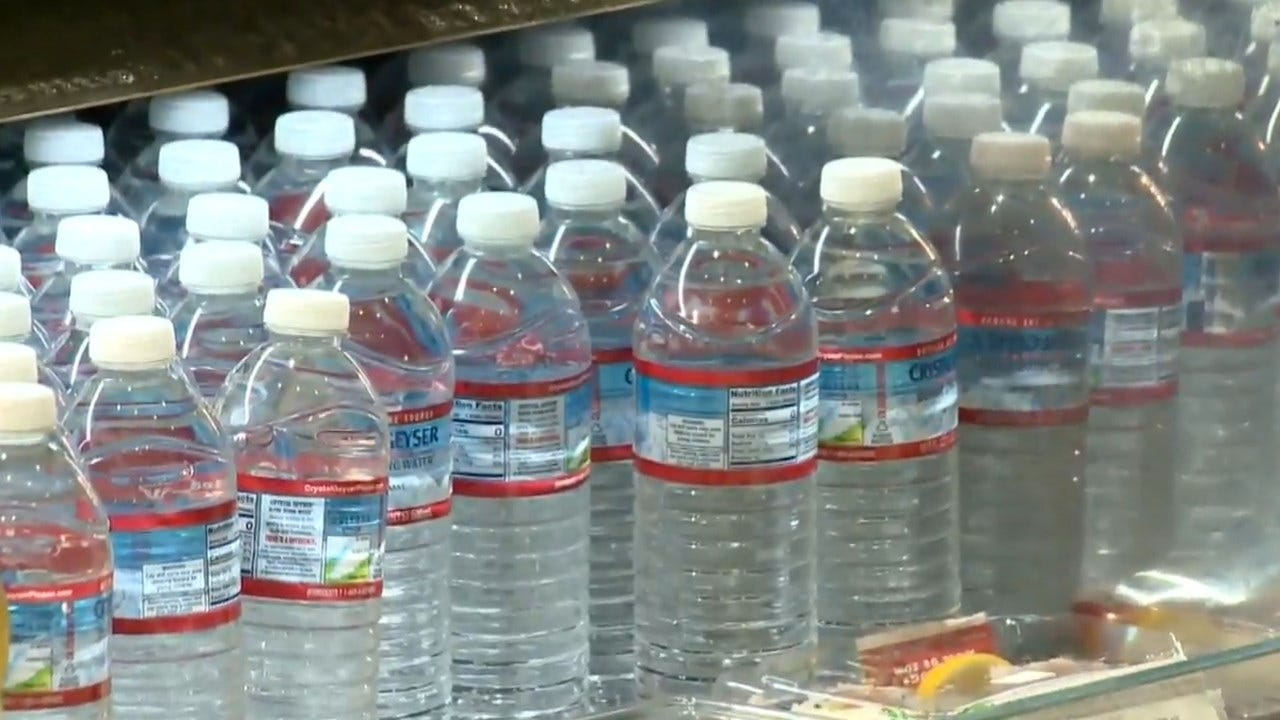 Major US Airport Will Not Sell Plastic Water Bottles