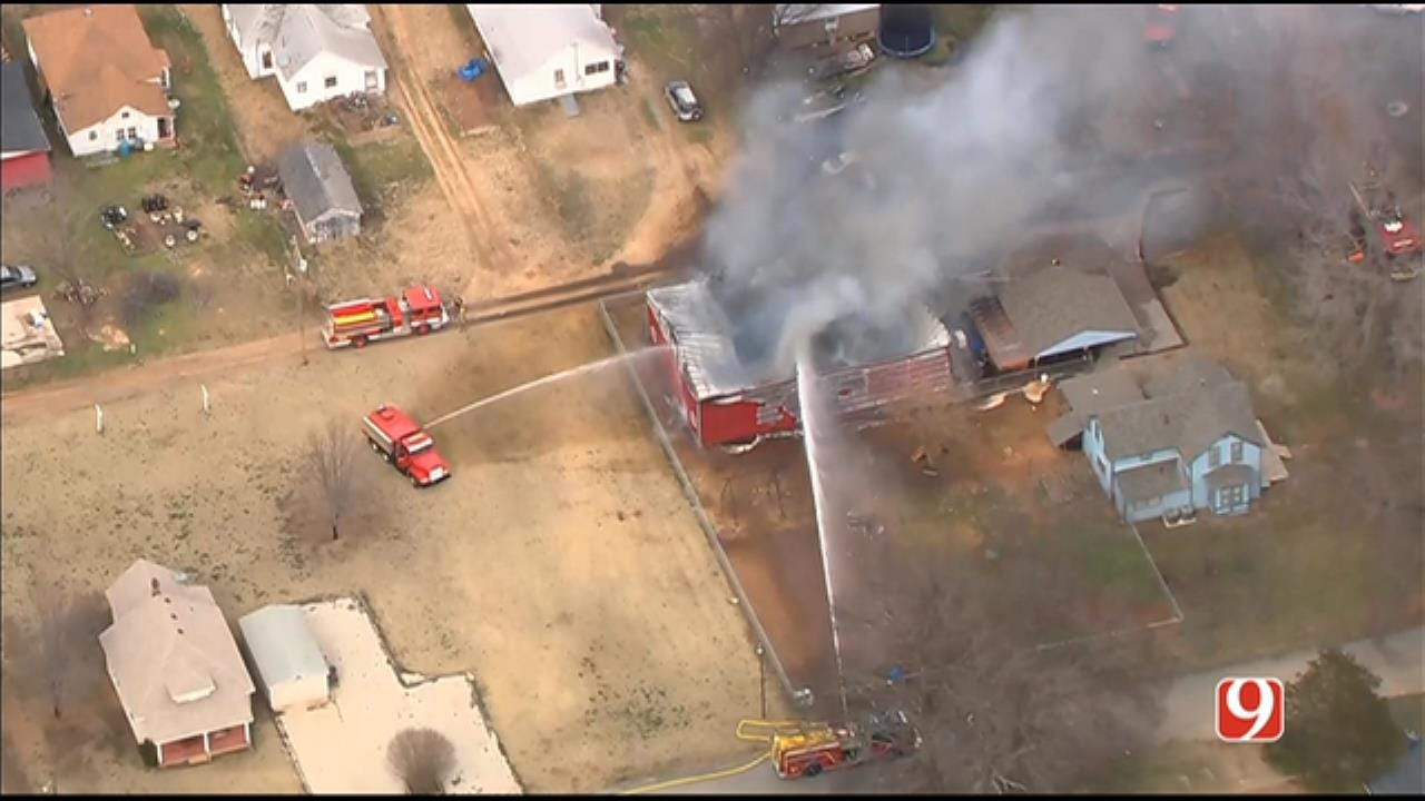 Bob Mills SkyNews 9 Flies Over Structure Fire In Logan County