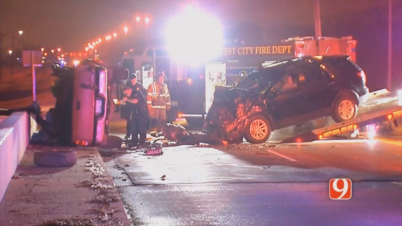 Crews Respond To Injury Accident In MWC