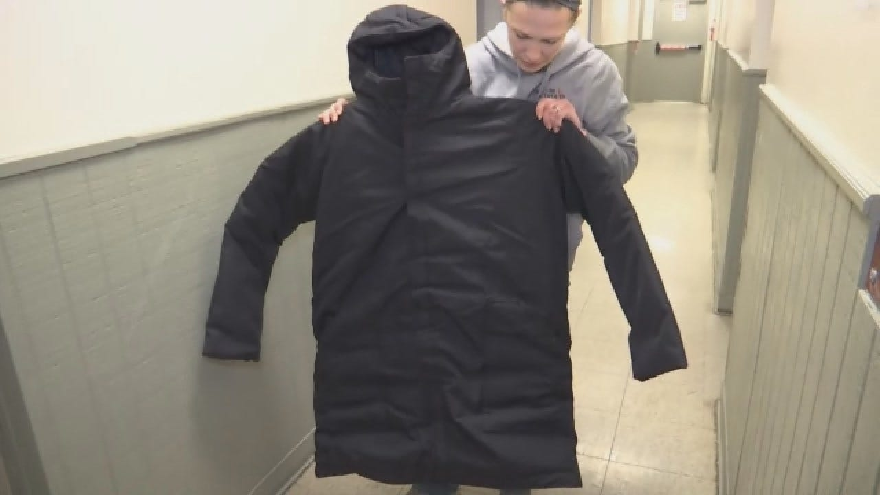 300 Sleeping Bag Coats In Jackson Are Helping People On The Streets Stay Warm