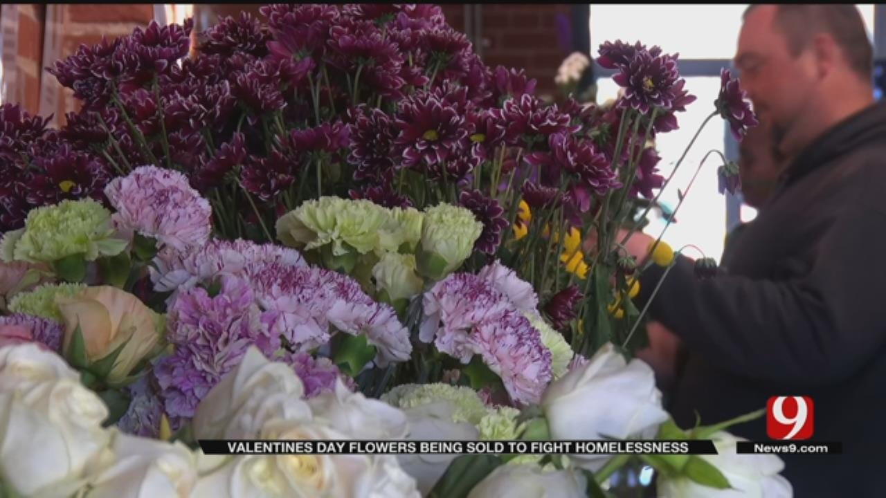 Curbside Chronicle Vendors Sell Bouquets For Valentine's Day