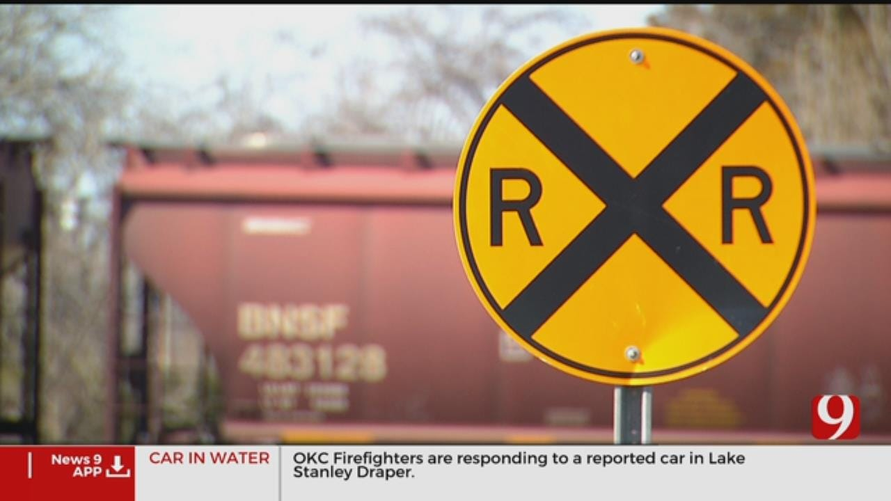 Bill Proposed To Fine Trains That Block Traffic In Oklahoma
