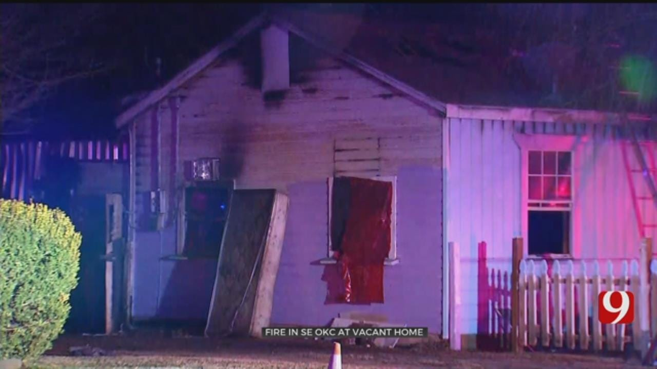 15 People Safely Evacuated From Oklahoma City House Fire
