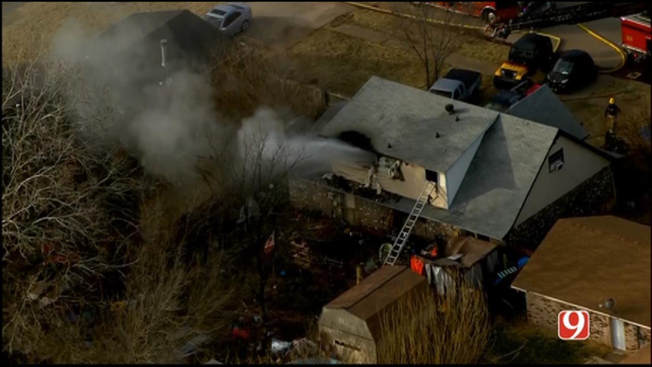 Bob Mills SkyNews 9 Flies Over Del City House Fire