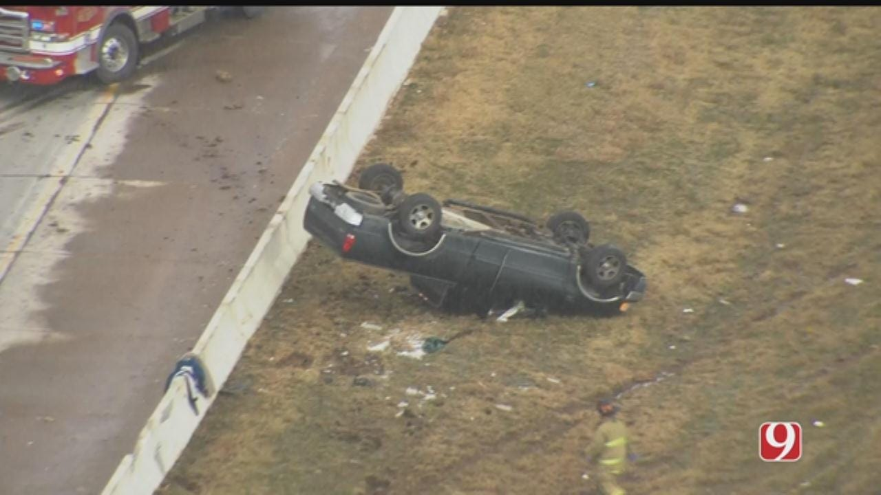 WATCH: Bob Mills Sky News 9 Flies Over Single Car rollover On Westbound I-40