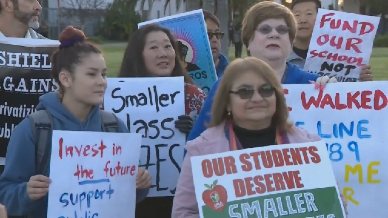 Judge: LA Teachers Can Go On Strike Monday