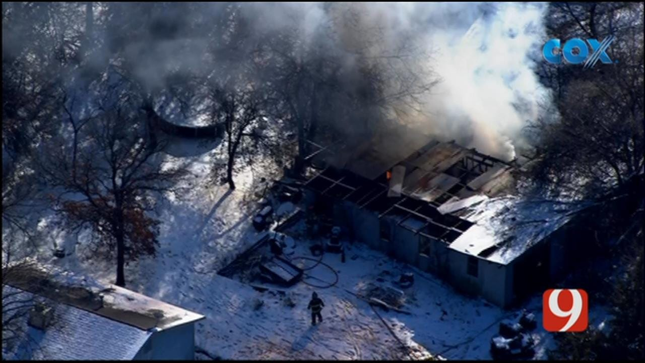 Bob Mills SkyNews 9 Flies Over Structure Fire In Edmond