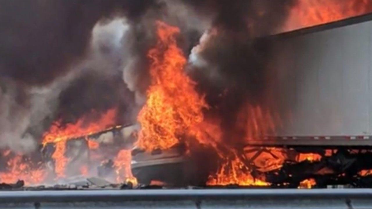 7 Killed In Highway Crash Involving 2 Semis, 2 Passenger Vehicles