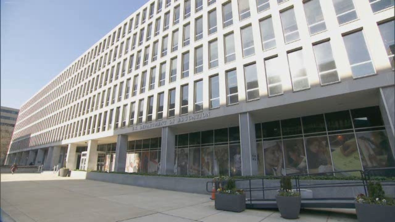 Government Offices Remain Closed As Shutdown Continues