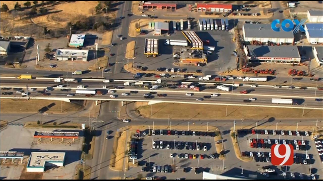 Multiple-Vehicle Crash Involving Tractor-Trailer Ties Up Traffic On SB I-35