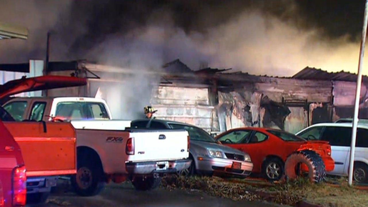 Firefighters Battle Commercial Fire In SW OKC