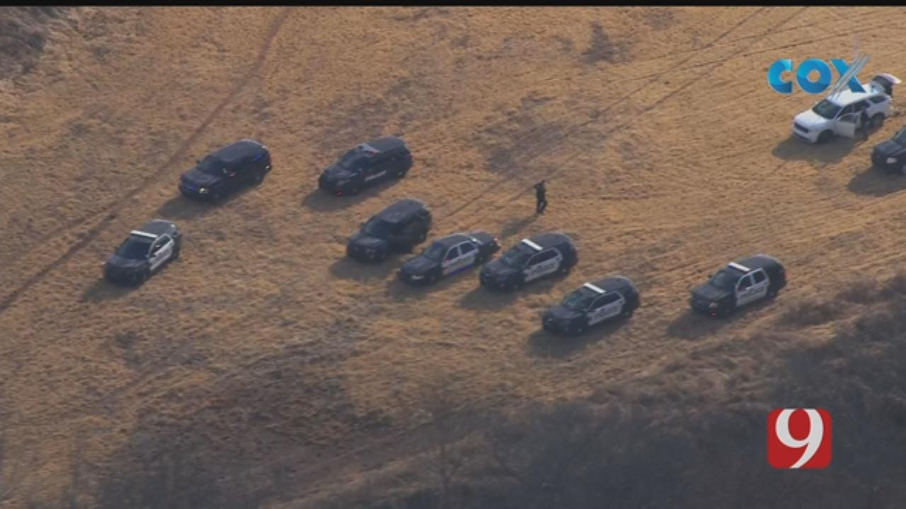Bob Mills SkyNews 9 Flies Over Search For Suspect In Pottawatomie County
