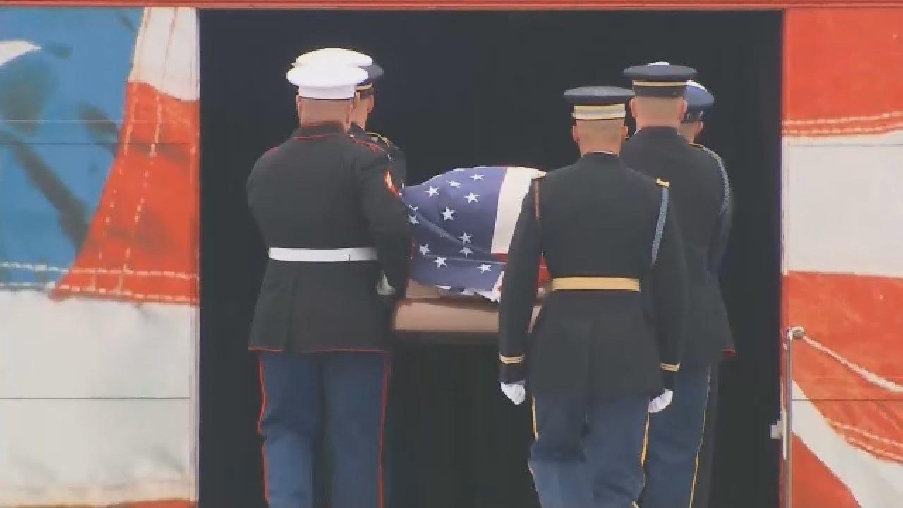 President George HW Bush's Casket Gets Loaded Onto Presidential Train