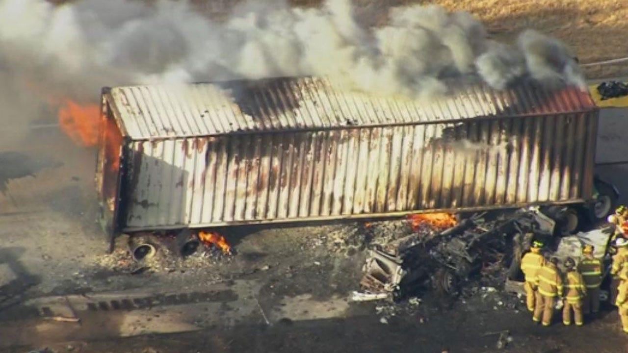 Bob Mills Sky News 9 Flies Over Deadly Semi Collision Near Pauls Valley