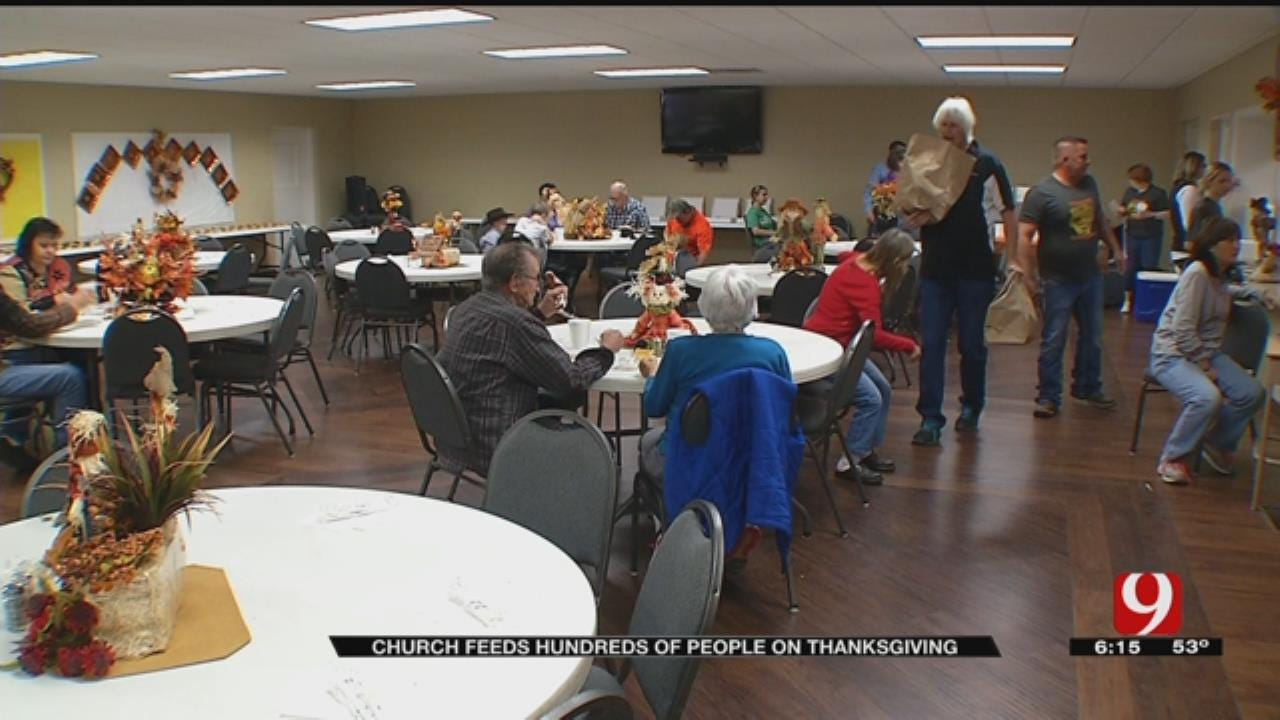 Lindsay Church Provides Thanksgiving Meal To Community