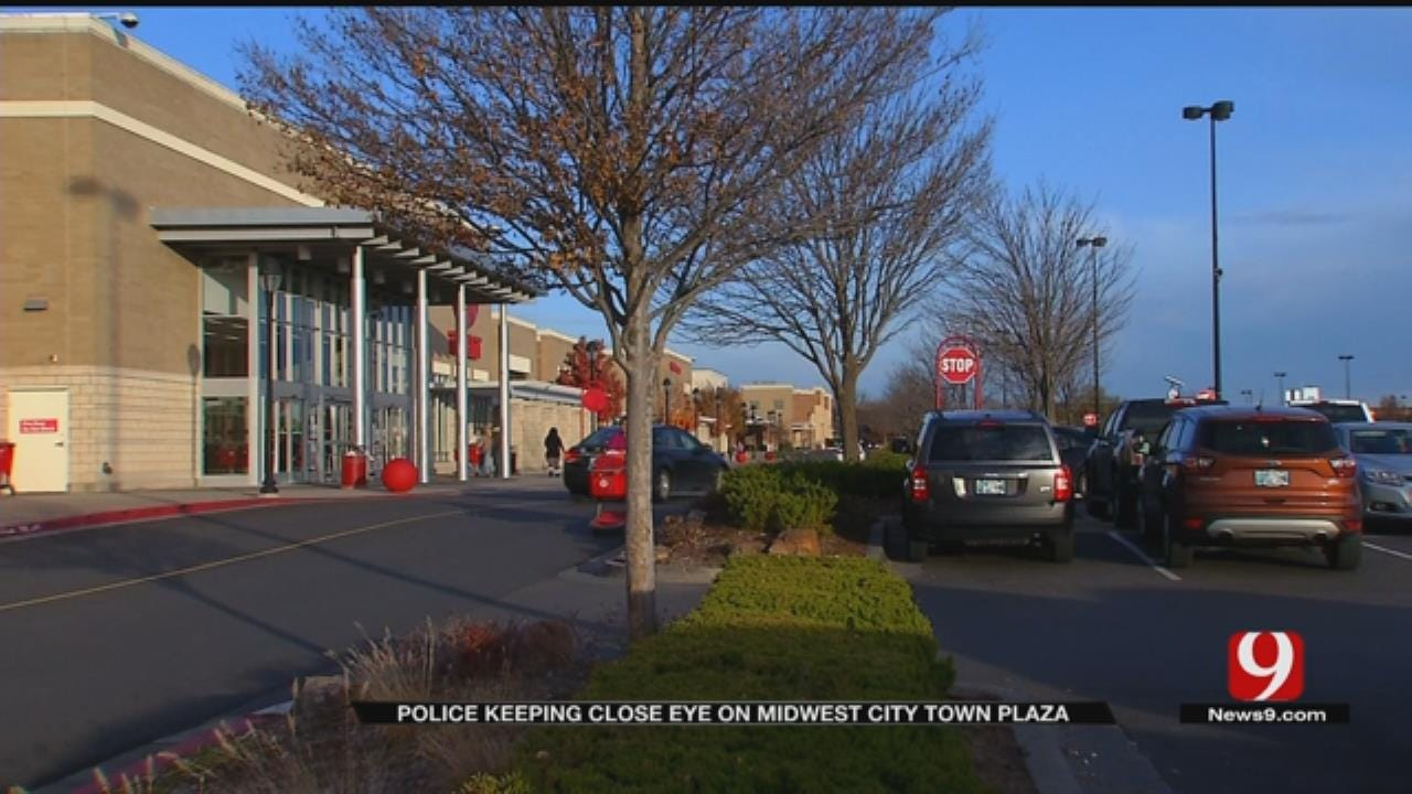 Police Keeping Close Eye On MWC Town Plaza During Holidays