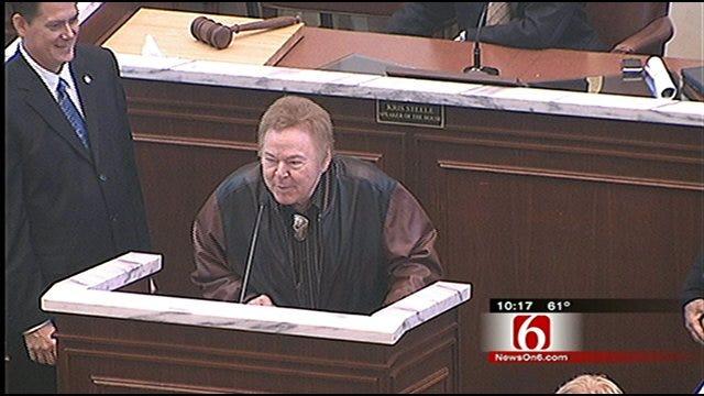 Tulsa Music Legend Roy Clark Honored By Oklahoma Legislature