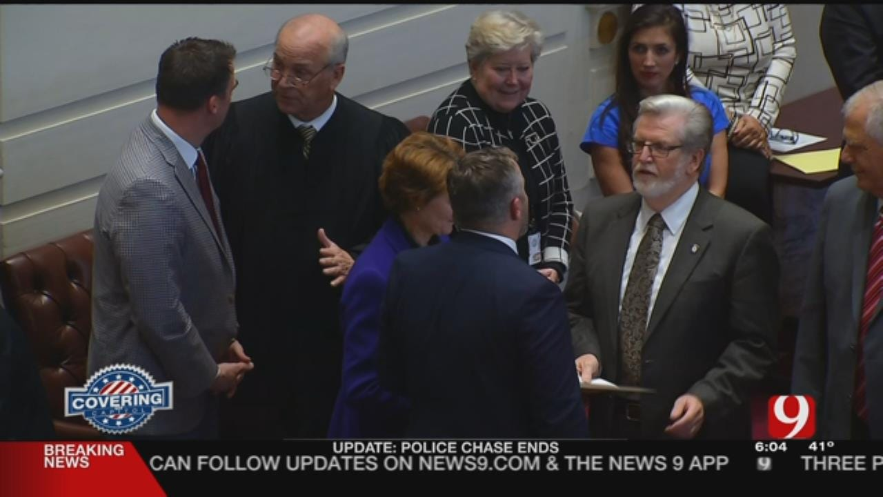 State Senate Swears In 24 New And Returning Members