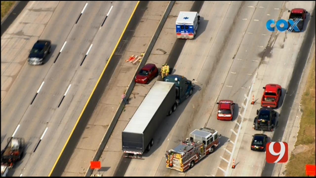 Bob Mills SkyNews 9 Flies Over Crash Involving Semi On I-35