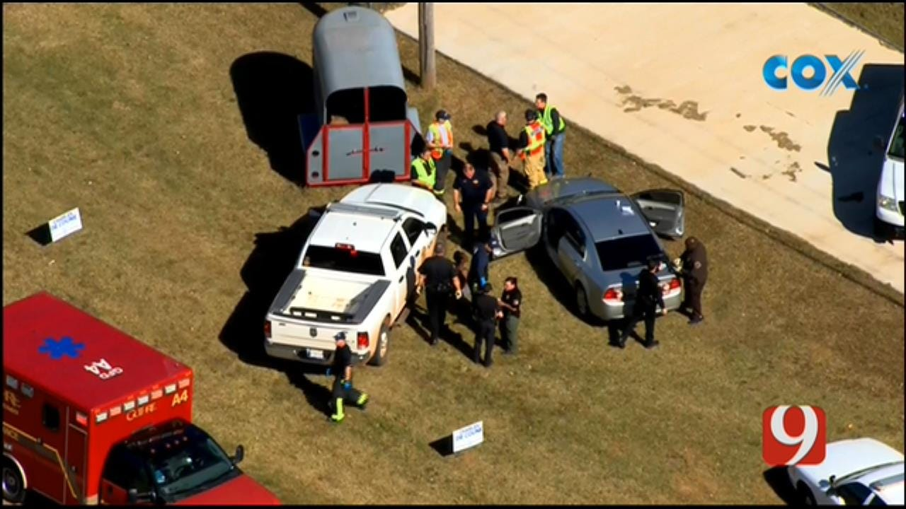 Bob Mills SkyNews 9 Flies Over Suspect's Arrest After Guthrie Police Chase