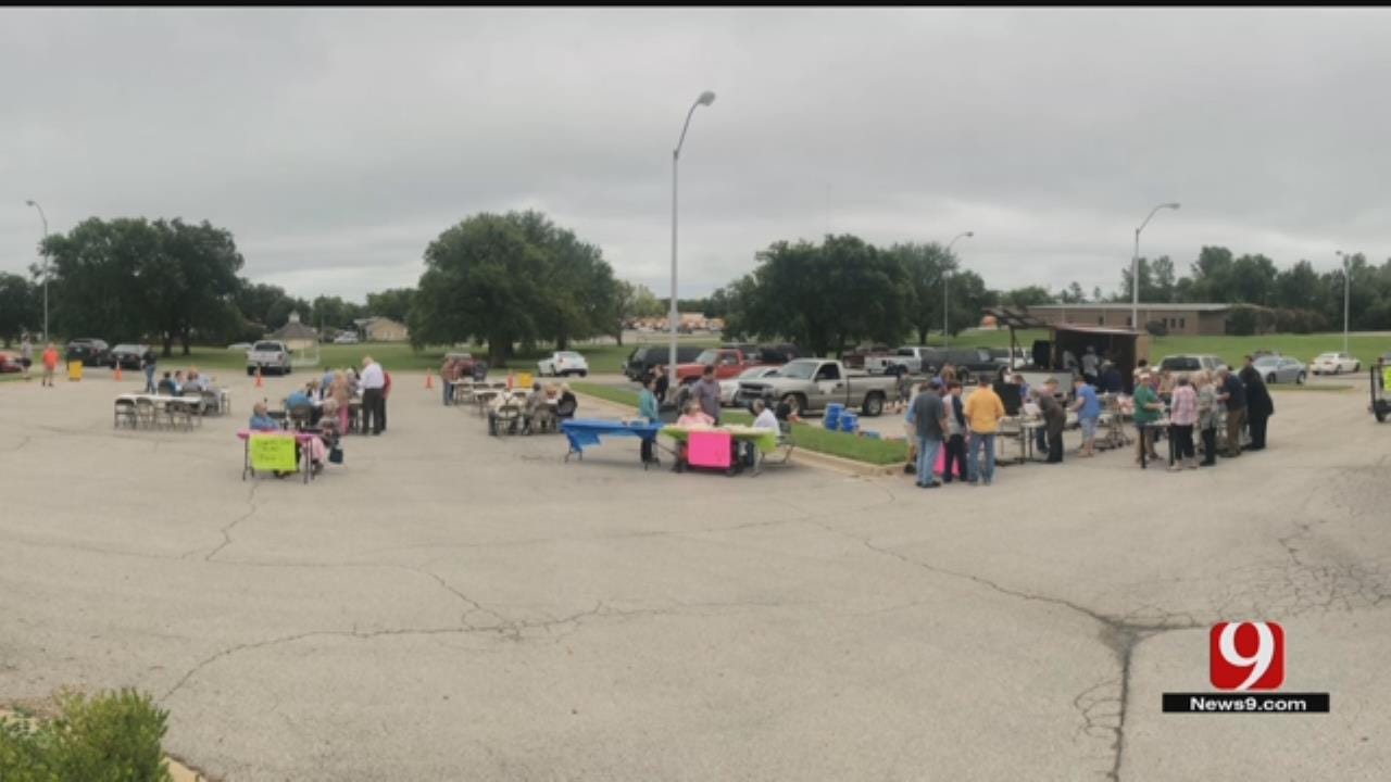 Pauls Valley Hospital Holds Successful Donation Cookout