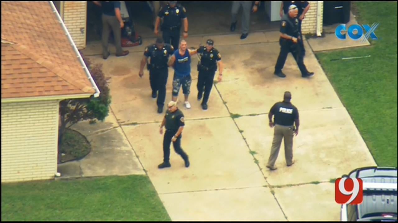 Bob Mills SkyNews 9 Flies Over Scene Of Moore Suspect Search