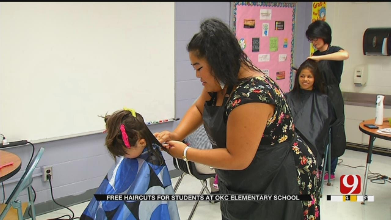 OKC Teacher Cuts Hair For Students Ahead Of First Day Of School