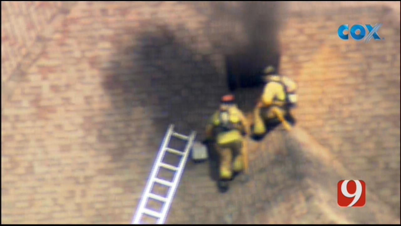 WEB EXTRA: Bob Mills SkyNews 9 Flies Over NW OKC House Fire