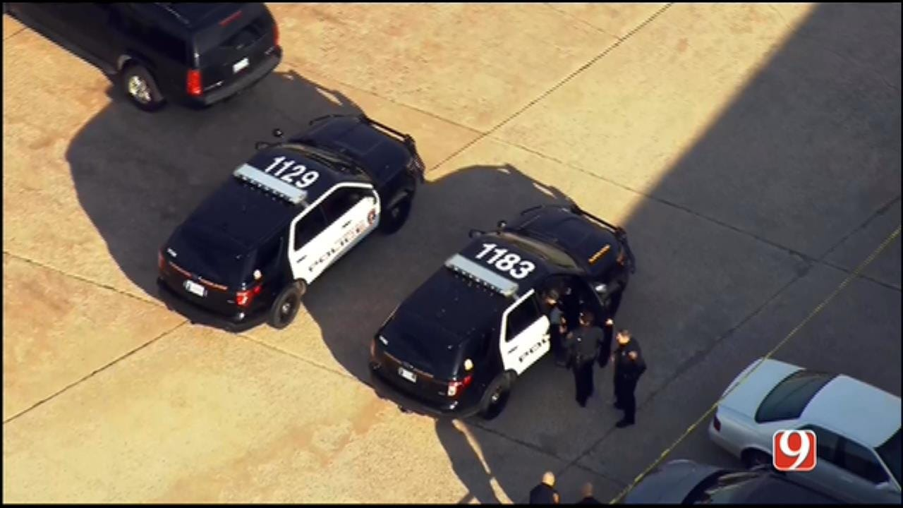 WEB EXTRA: SkyNews 9 Flies Over 'Active Shooter' Situation In Norman